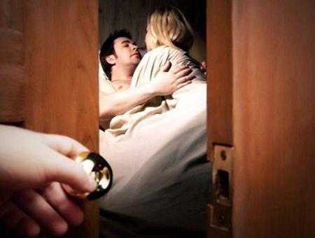 Cách xử lý khôn ngoan khi biết được chồng ngoại tình của bà mẹ trẻ khiến chồng phải tâm phục khẩu phục tự nguyện quay về....
