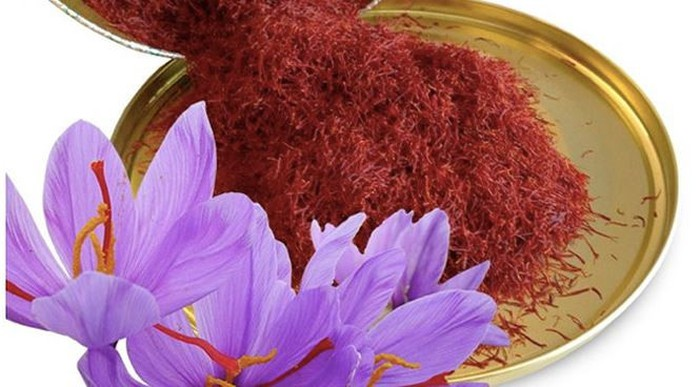 Mặt nạ Saffron Thần dược làm đẹp kiểu quý tộc đang được chị em săn lùng